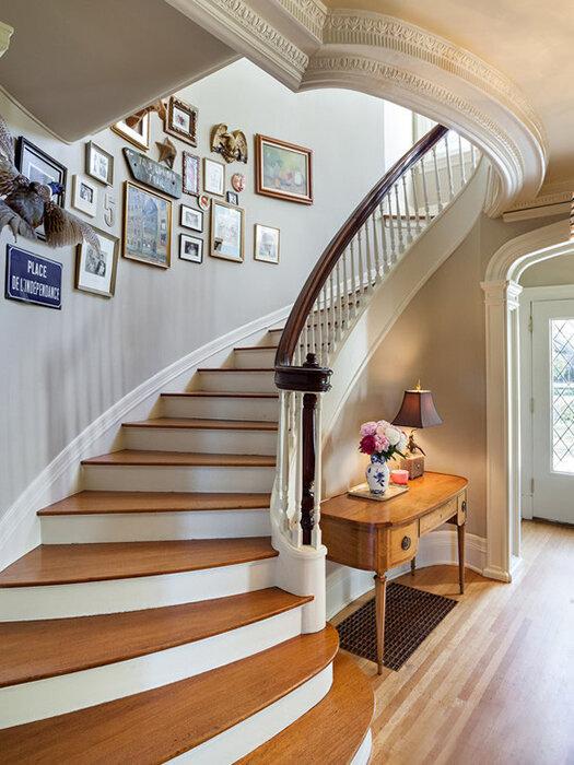 知识课堂首页 装修/改造 空间改造 楼梯间  楼梯间照片墙装修效果图