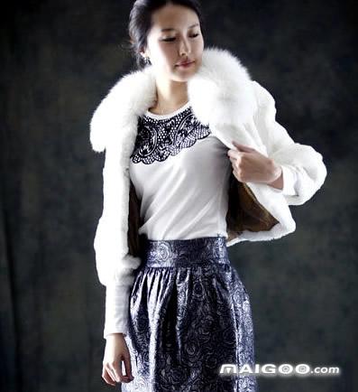 时尚皮草外套新款搭配 冬季短款皮草外套搭配方法